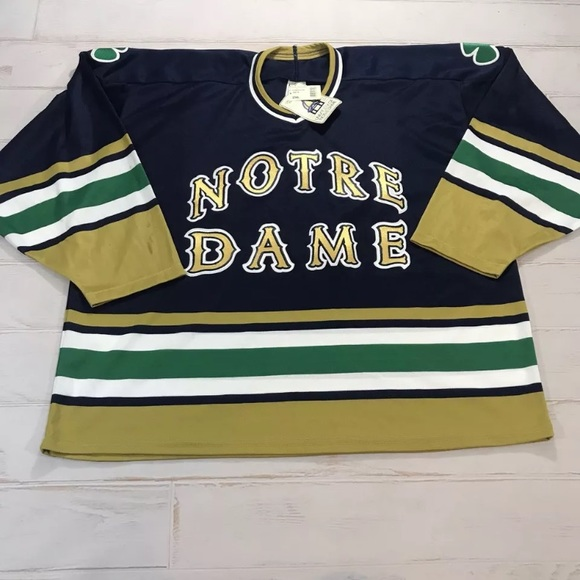 best service 63519 60d02 Vintage Notre Dame Fighting Irish Hockey Jersey NWT